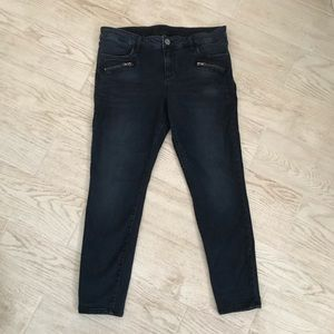 Kut from the Kloth skinny jeans size 14